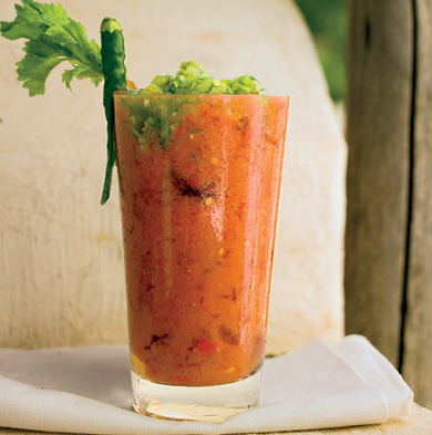Bloody Mary com tomate fresco